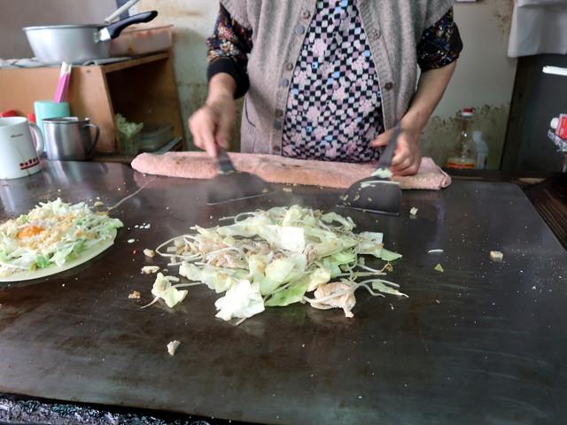 お好み焼の準備をしてから焼きそば調理開始