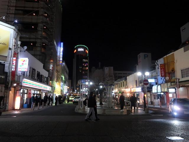 佐世保随一の歓楽街、夜店公園通り<img src=