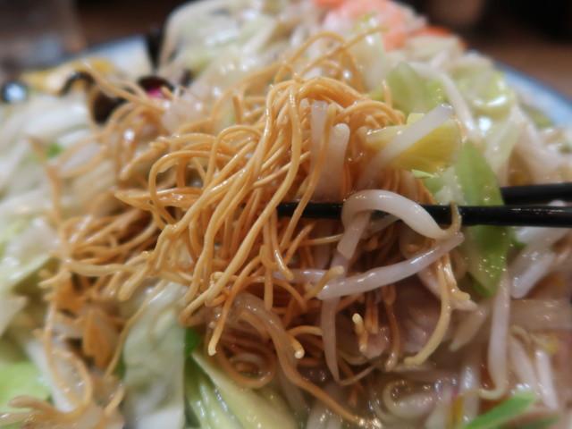 サクサクの揚げ麺