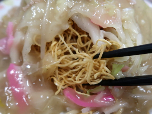 白いサクサク細麺