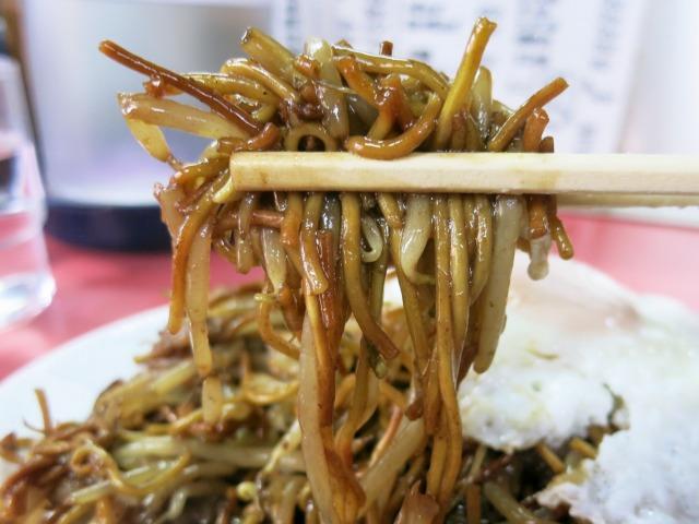 パリパリ・ホギホギの細麺が美味