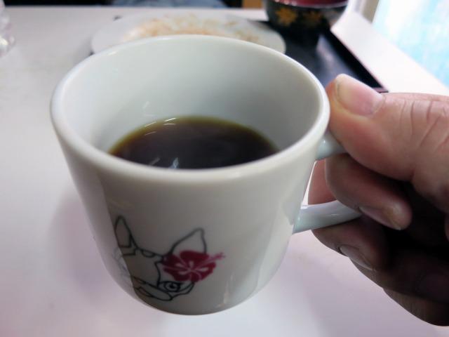 食後のコーヒーはサービスで