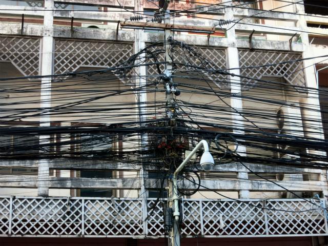 ヴィエンチャンの電柱