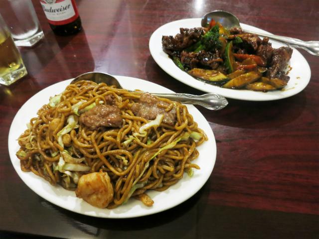 招牌捞麺と國藩雞